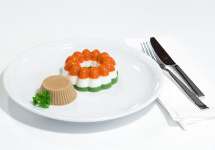 Frikadelle mit Gemüseterrine
